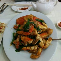 Photo taken at Fuleen Seafood Restaurant by bob h. on 3/3/2014