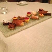 Foto scattata a Ristorante Leoni da Gabriele B. il 12/21/2012