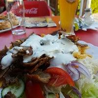 Foto tomada en Kebab Bár por Mihályi B. el 6/7/2016