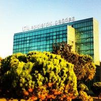 Foto scattata a İstanbul Teknik Üniversitesi da MØD il 9/24/2012