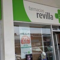 Photo taken at Farmacias Revilla by Maika G. on 6/2/2016