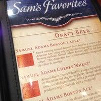 Foto diambil di Samuel Adams Atlanta Brew House oleh mike b. pada 12/23/2012