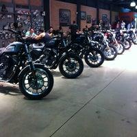 Foto tirada no(a) Autostar (Harley Davidson) por Marcio A. em 12/20/2012