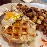 Photo taken at Grid Iron Waffle Shop by marK_ on 7/16/2017