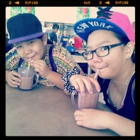 Photo taken at Batu Niah Food Court by Vanisya L. on 12/26/2013