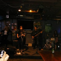 Photo taken at Rock Bottom Sports Bar and Grill by Ray K. on 7/11/2015