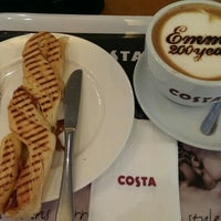 Photo taken at Costa Coffee (咖世家) by Hadi Utomo W. on 5/14/2015