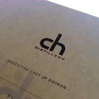 8/23/2013 tarihinde Charlie F.ziyaretçi tarafından CH Distillery & Cocktail Bar'de çekilen fotoğraf