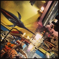 Foto tirada no(a) Peixaria Bar e Venda por Gino C. em 4/18/2013