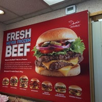 Photo taken at Wendy's by Beer J. on 3/23/2017
