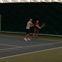 Das Foto wurde bei Теннисный корт Кадет von Yuliya P. am 6/23/2013 aufgenommen