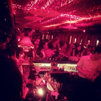 Photo taken at The World of Suzie Wong 蘇西黃 by Celin X. on 9/20/2014