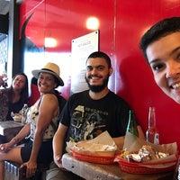 Foto tirada no(a) Dos Toros Taqueria por Bruna B. em 8/6/2017