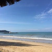 Photo taken at Nangthong Bay Resort by Trum T. on 1/11/2015