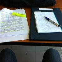 Foto tomada en Biblioteca Universidad Andrés Bello por Cristian A. el 11/5/2013