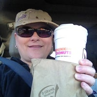 Photo taken at Dunkin' Donuts by Scentsy Super Star Director Wicklessmolly on 8/14/2013