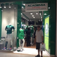 Photo taken at Academia Store by Evandro N. on 5/4/2013