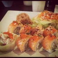 Foto tomada en Kashi Sushi & Bar por Josean C. el 11/4/2012