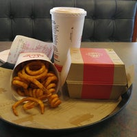 Photo taken at Arby's by Zona C. on 2/18/2017
