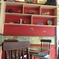 รูปภาพถ่ายที่ Backpackers cafe, Elante โดย Rohini R. เมื่อ 11/9/2013