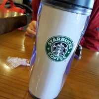 Photo taken at Starbucks by 워니뉨하 on 4/11/2013