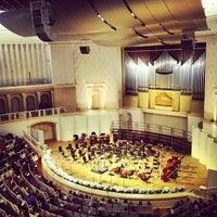 Снимок сделан в Концертный зал им. П. И. Чайковского пользователем Zhukozol 9/29/2012