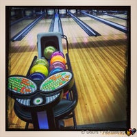 Photo taken at Bowling Stones by Mario D. on 3/17/2013
