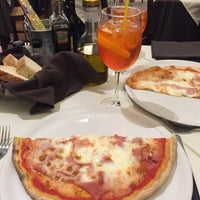Photo taken at Pizzeria Risotteria da Mario by Marri Y. on 2/23/2017