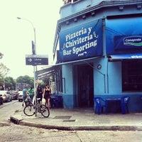 Foto tirada no(a) Bar Sporting por Anna D. em 12/27/2013