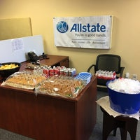 Photo taken at Allstate Insurance Agent: Aaron Velick by Allstate Insurance on 5/26/2017