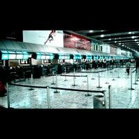 Photo taken at O. R. Tambo International Airport (JNB) by Bartek N. on 8/10/2013