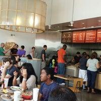 Foto tomada en Chipotle Mexican Grill por JP O. el 6/1/2013
