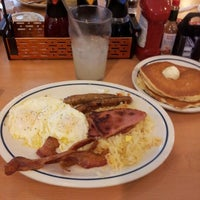 Photo taken at IHOP by Pablo Z. on 1/6/2013