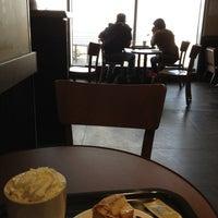 Photo taken at Starbucks by Kentucky92 Q. on 5/4/2013