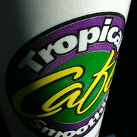 Photo taken at Tropical Smoothie Cafe by Lori C. on 1/1/2013