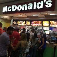 Photo taken at McDonald's by João Luiz F. on 2/14/2016