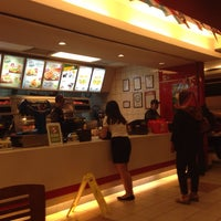 Photo taken at KFC by Pui Hong A. on 8/17/2014