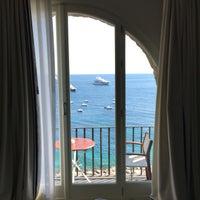 Photo prise au JK Place Capri par Jonathan S. le7/21/2016