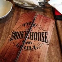 4/9/2016 tarihinde ashleigh r.ziyaretçi tarafından The Smokehouse and Grill'de çekilen fotoğraf