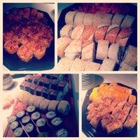 Photo taken at AmiJami Sushi by Helerin U. on 12/10/2014