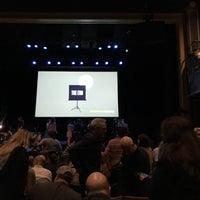 Foto scattata a Revolution Hall da Andrew D. il 10/24/2017