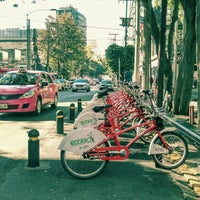 Photo taken at Ecobici 84 by Caminαλεχ 🚶 on 2/23/2016