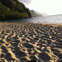 Photo taken at Ke'e Beach by Atticus L. on 8/16/2013
