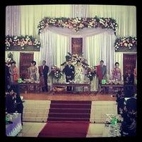 Photo taken at Gedung Mulia & Raja by Saskia Citra H. on 9/14/2012