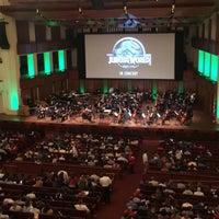Das Foto wurde bei Kennedy Center Concert Hall - NSO von Karen B. am 5/31/2018 aufgenommen