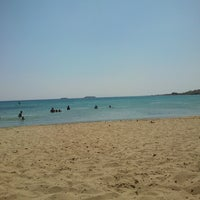 Photo taken at Punda Beach Club by efino c. on 8/30/2013