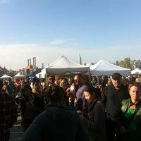 Снимок сделан в Brooklyn Flea - Williamsburg пользователем Andrea D. 10/20/2012