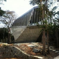 รูปภาพถ่ายที่ Capilla del Atardecer โดย Andrea D. เมื่อ 3/27/2013