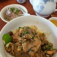 Photo taken at Heng Lay Restaurant by Nancy on 8/28/2015