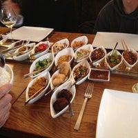 Das Foto wurde bei Restaurant Blauw von Becca G. am 5/11/2013 aufgenommen